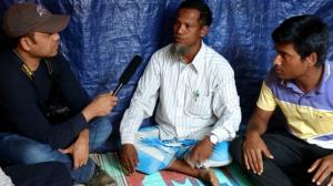 Rais interviewing Rohingya refugees
